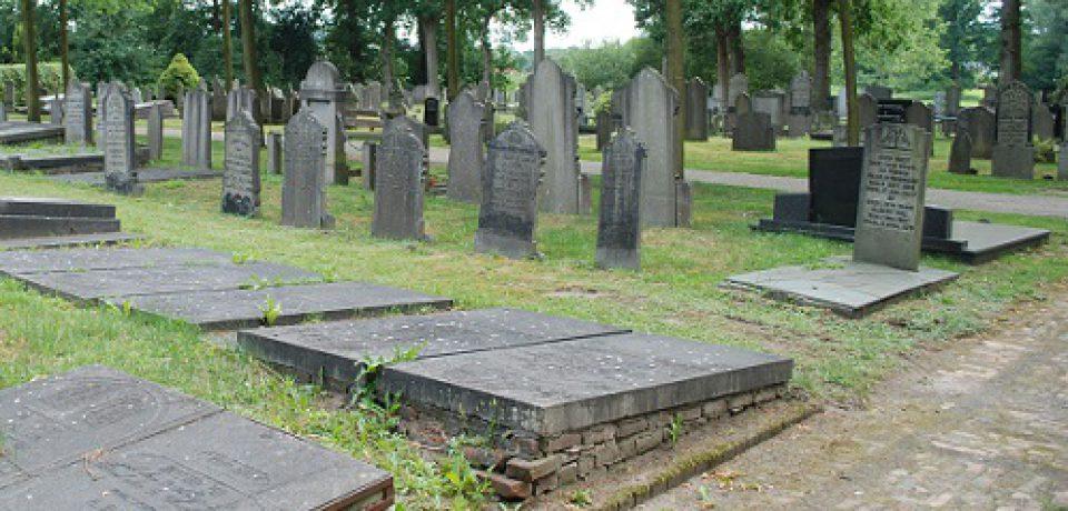 Grafruiming begraafplaats Zuidwolde in 2018